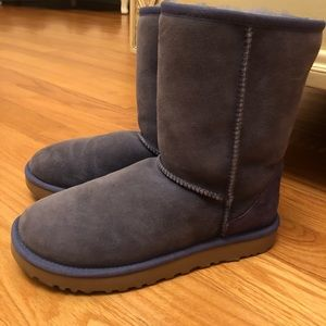 Classic short UGG boots size 9